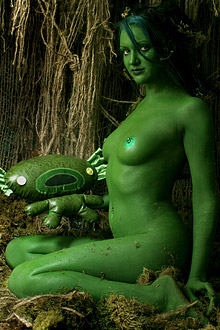 naked green swamp girl